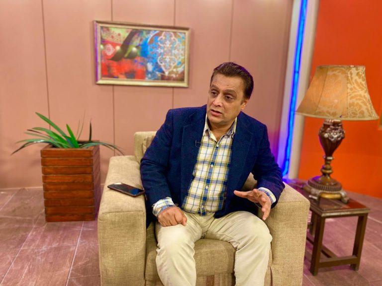 Public Response on PDM Lahore Jalsa at Minar e Pakistan | Khyber Online | Khyber TV